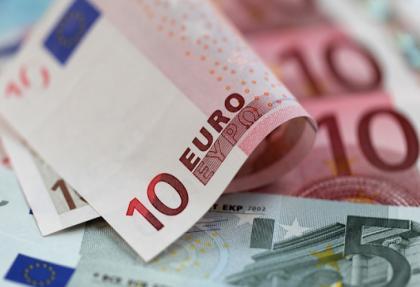stratejistler eurodaki dususu degerlendirdi! dusus devam edecek mi?