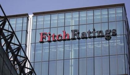 Fitch karalama kampanyasına devam ediyor, Bipleyen olmuyor